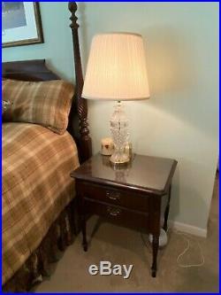 Ethan Allen Georgian Court Bedroom Set, 4 poster bed, side tables and dresser