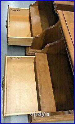 Ethan Allen Nightstands / Bed Side Tables Heirloom Nutmeg Maple Pair 15 5206