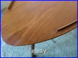 Fab Vintage Retro MCM Funky Teak Triangular Side Coffee Bedside Table 3 Legs