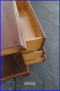 Mahogany Inlay Pair of Nightstands Side End Bedside Tables 2049