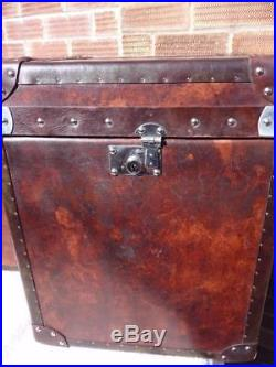 Stunning Pair Of Vintage Leather Cubes Bed Side End Coffee Tables