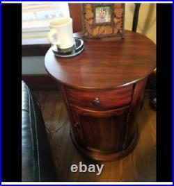 Vintage End Table Side Sofa Pedestal Antique Style Wood Round Bedside Cabinet