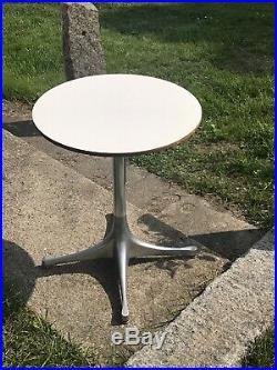 Vintage Herman Miller George Nelson Pedistal Table Aluminum White Side Bedside